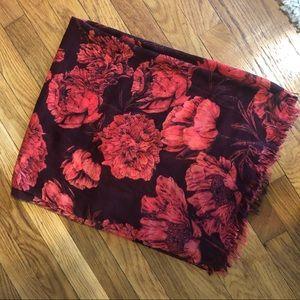 Rose Print Scarf 🌹